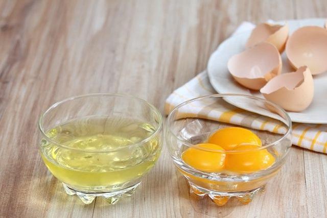 Mặt nạ lòng đỏ trứng gà