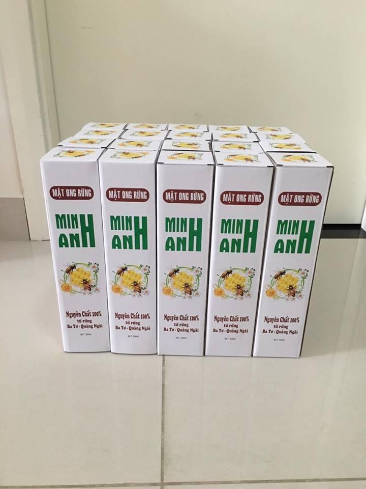 Mật ong được đóng hộp cẩn thận thương hiệu Minh Anh