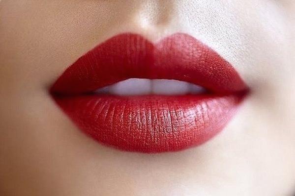 Màu đỏ nhung