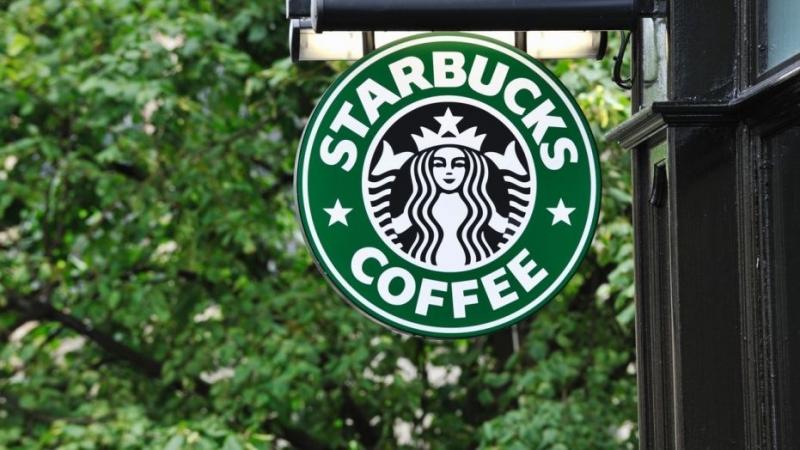 Starbucks - thương hiệu nổi tiếng nhất dùng màu xanh lá cây