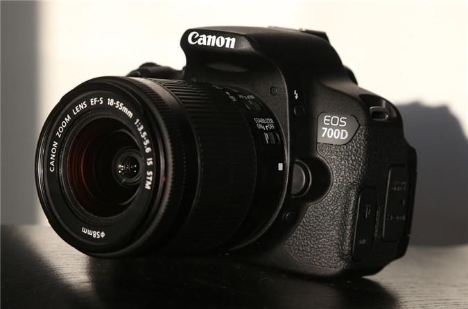 Máy ảnh Canon EOS700D