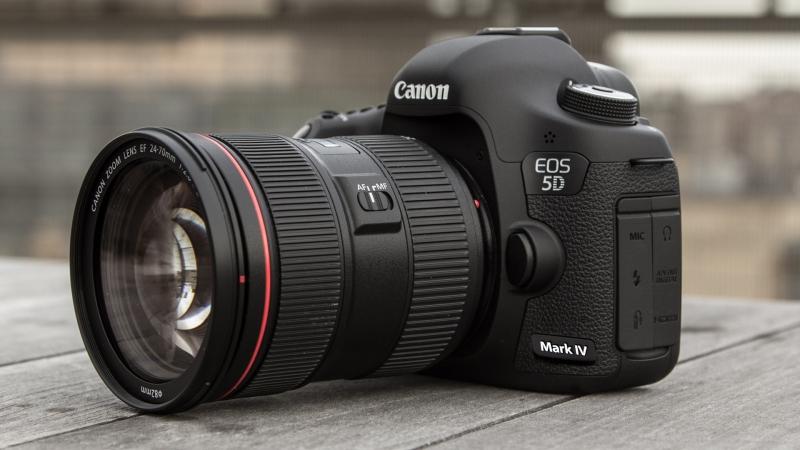 Máy ảnh Canon - Nhật Bản