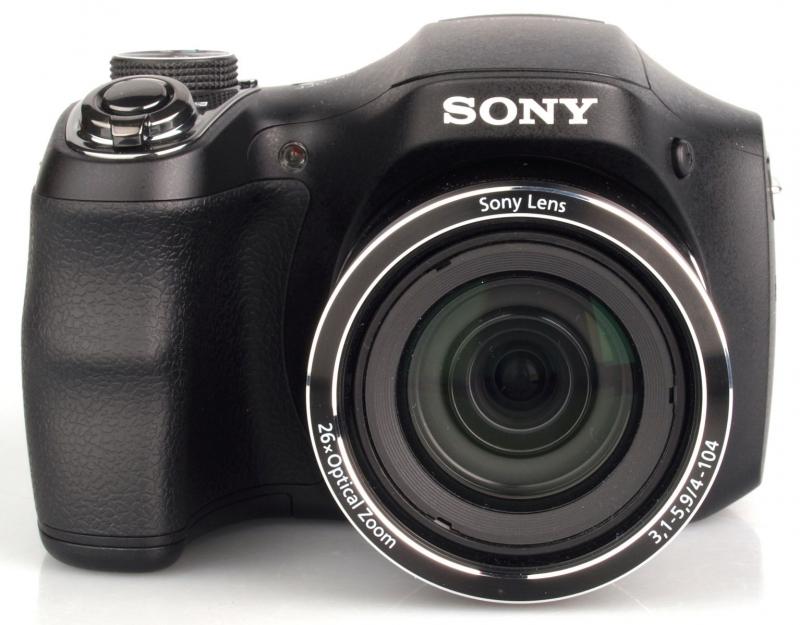 Đây là chiếc máy ảnh kỹ thuật số được thiết kế theo kiểu dáng những chiếc máy ảnh DSLR