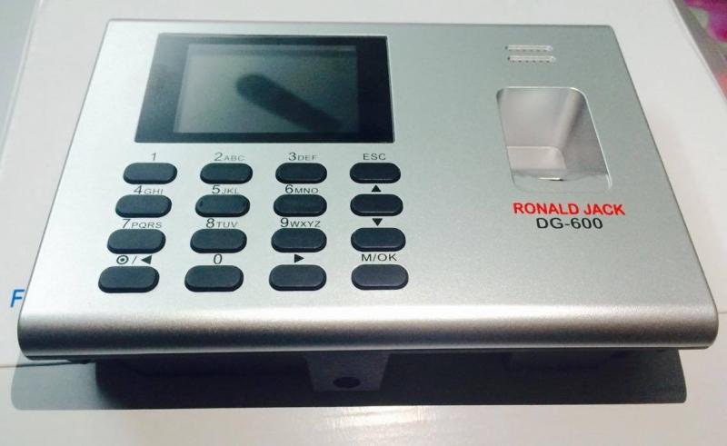 Máy chấm công vân tay Ronald Jack DG 600