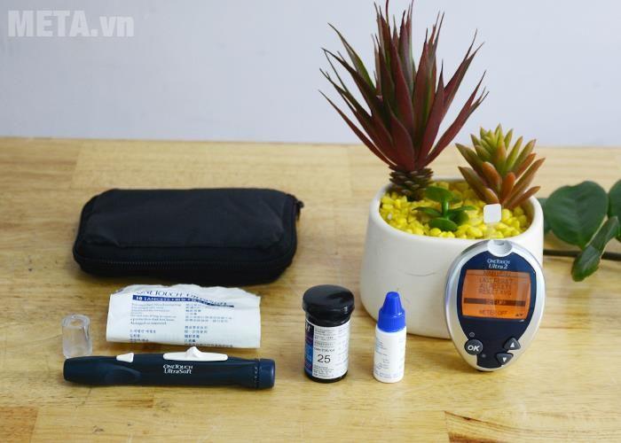 Trọn bộ Máy đo đường huyết OneTouch Ultra 2: