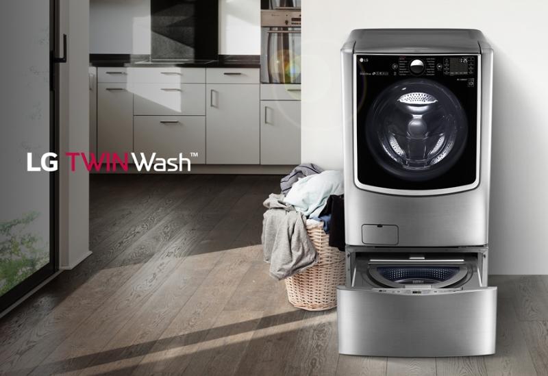 Chiếc máy giặt LG cửa ngang F2721HTTV có tới 2 lồng giặt khác nhau