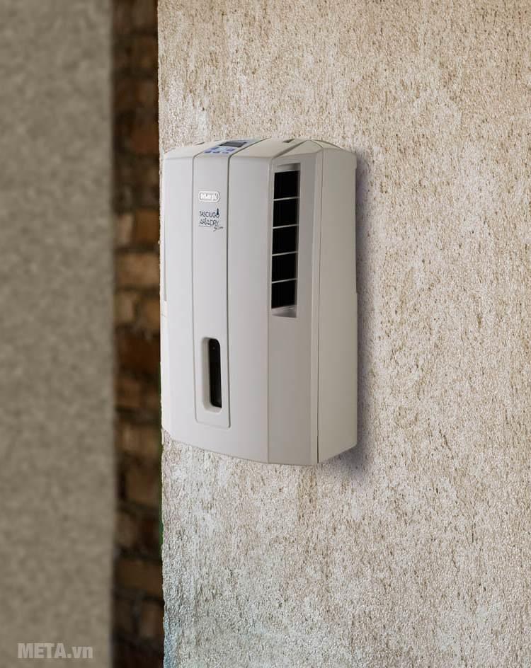 Hút ẩm Delonghi DES16EW có thể gắn tường và tỏa luồng khí theo hai hướng