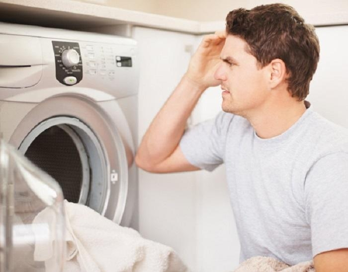 Máy không tự tắt nguồn khi đã kết thúc quá trình giặt