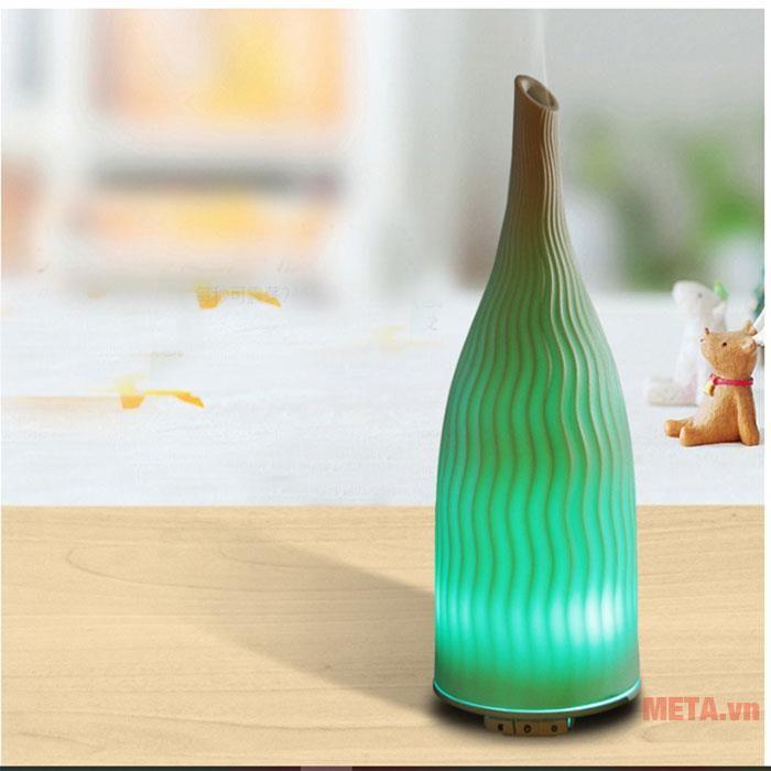 Máy khuếch tán tinh dầu bình giả gốm NT027 trang trí đèn led tạo cảm giác ấn tượng