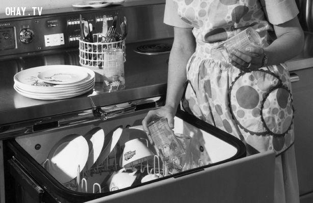 Máy rửa bát mang lại tiện ích cho các bà nội trợ