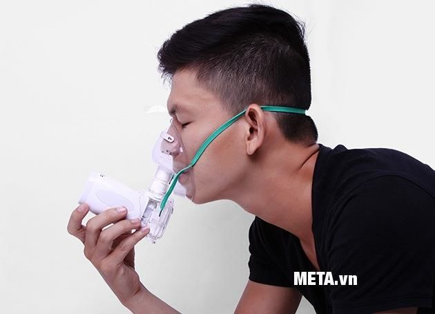 Máy xông mũi họng Microlife NEB300 thiết kế nhỏ gọn, nhẹ nhàng