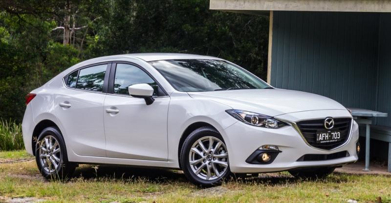 Mazda 3: 1186 xe