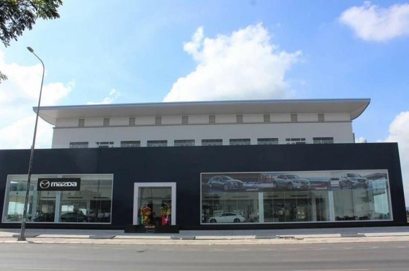 Hình ảnh showroom Mazda Bình Tân.