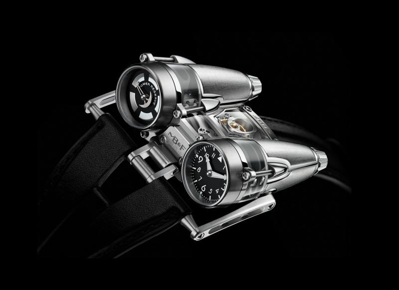 MB&F HM4 Thunderbolt - đồng hồ hình động cơ máy bay phản lực