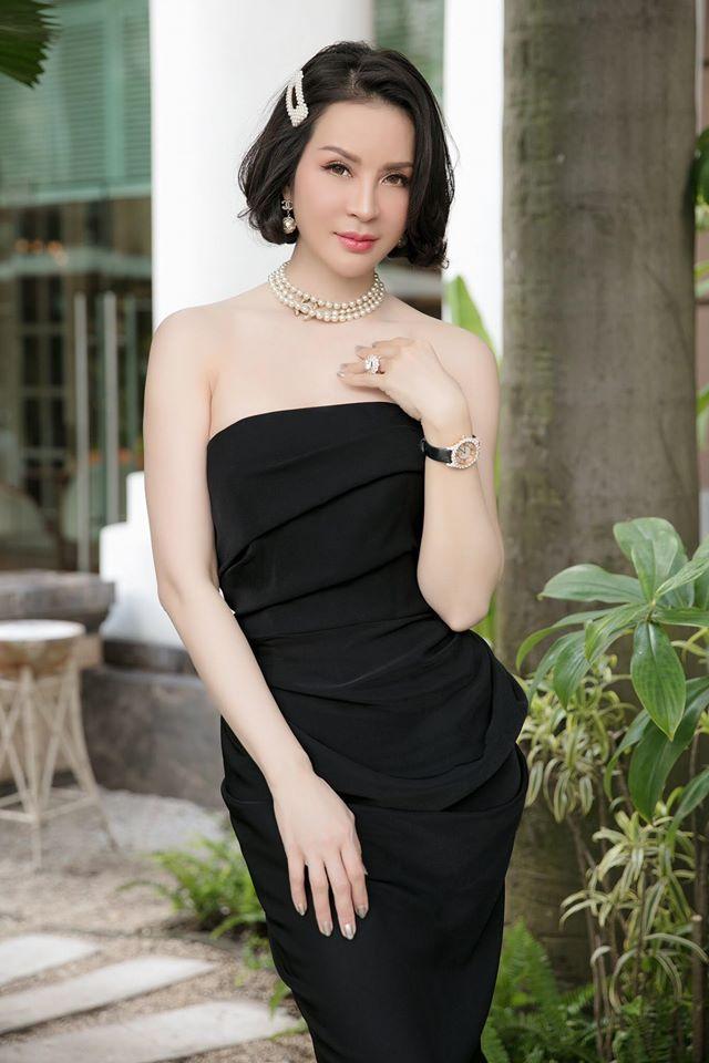 Phát hờn với vóc dáng quyến rũ của MC Thanh Mai
