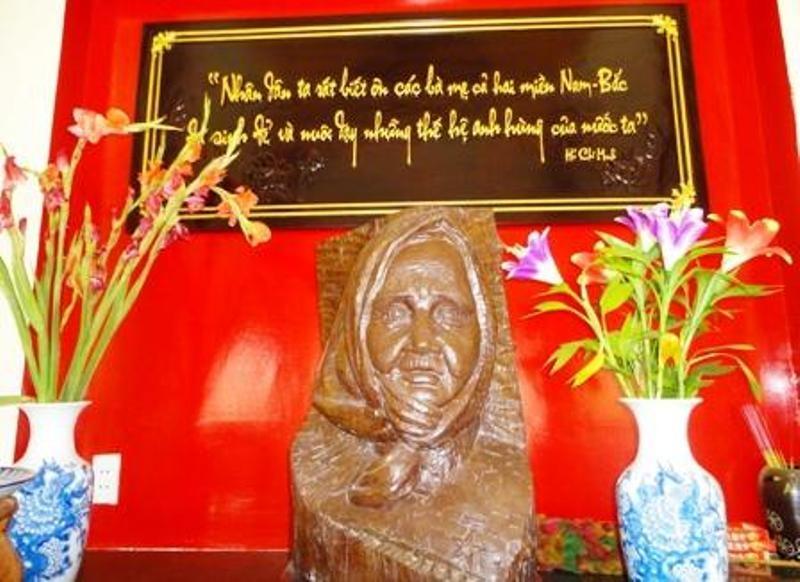Mẹ Nguyễn Thị Rành