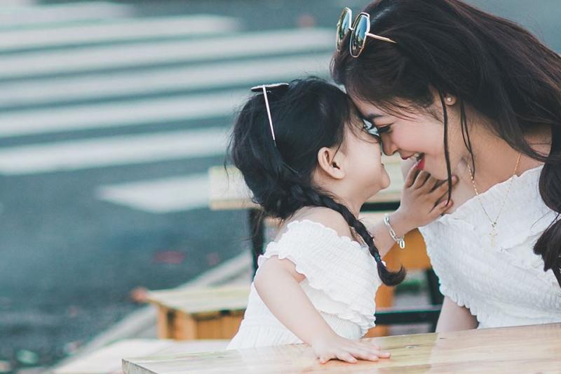 Mẹ yêu thương em hơn yêu cuộc sống