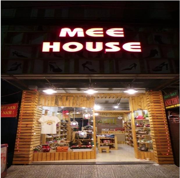 Mee House