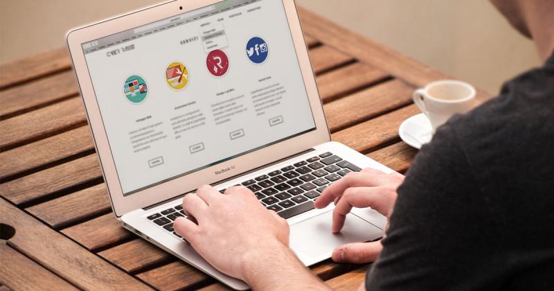 Dịch vụ thiết kế website giới thiệu công ty, doanh nghiệp từ Megaweb với những mẫu website chuyên nghiệp, ấn tượng