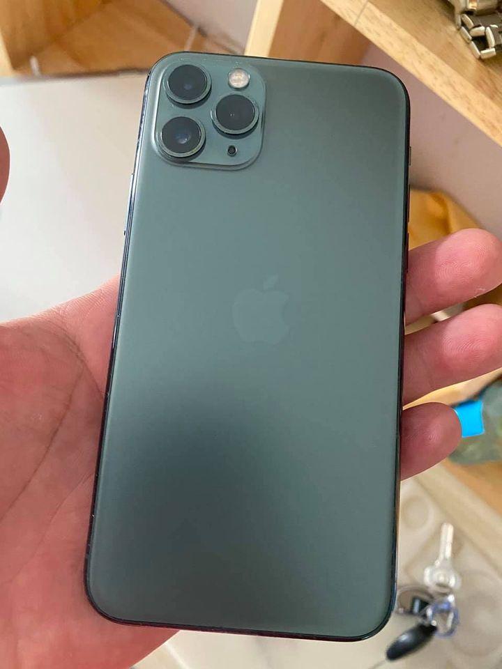 Cửa hàng chuyên bán các dòng iPhone chính hãng