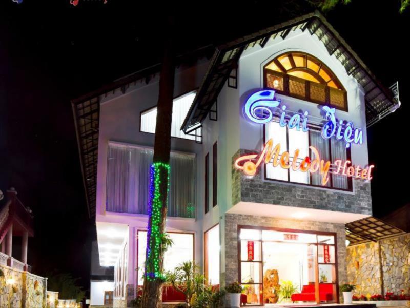 Khách sạn Giai Điệu - Melody Hotel
