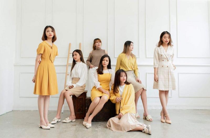 Méo shop hướng đến hình ảnh những cô gái mang đậm hơi hướng Hàn Quốc trẻ trung, năng động nhưng vẫn rất nữ tính.