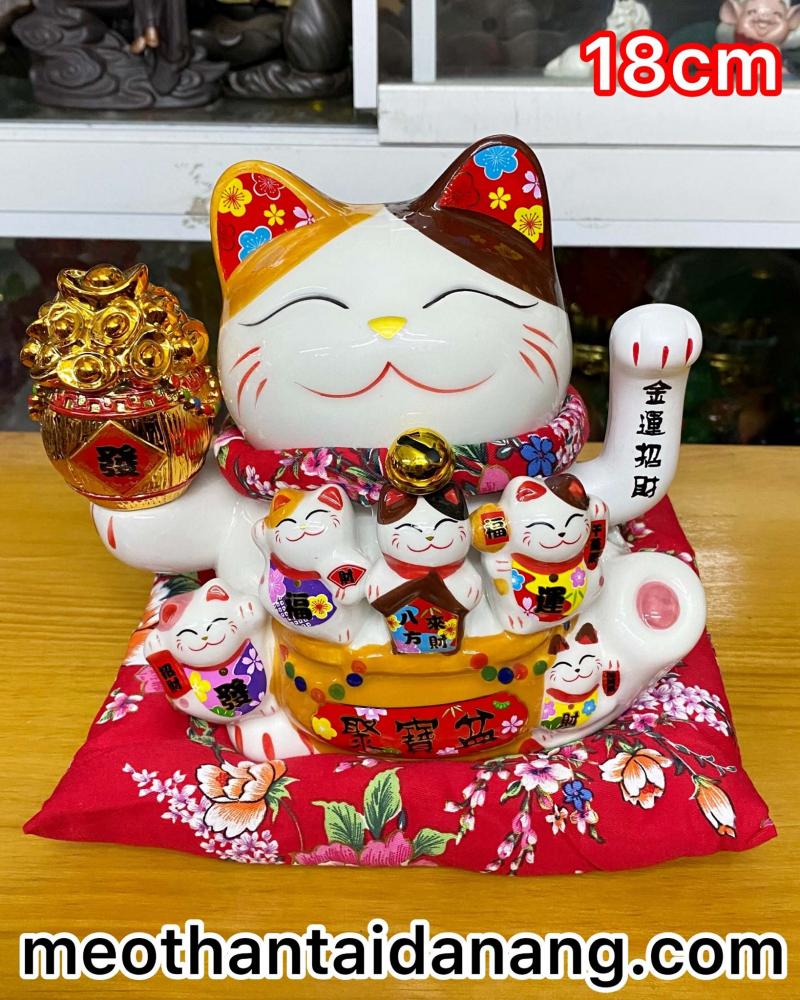 Mèo Thần Tài Đà Nẵng