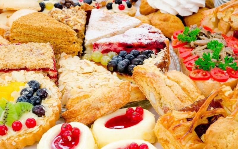 Bạn có muốn ăn bánh sinh nhật kèm với muối không?