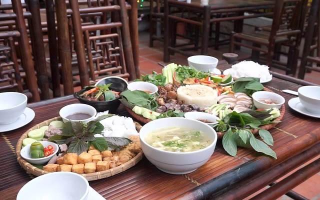 Những món ăn ở Mẹt Quán rất đúng với tên gọi