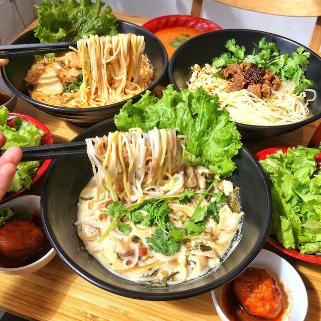 Là một món ăn vừa mới xuất hiện thôi nhưng đã gây hiệu ứng không nhỏ trong cộng đồng yêu ẩm thực Hà Nội