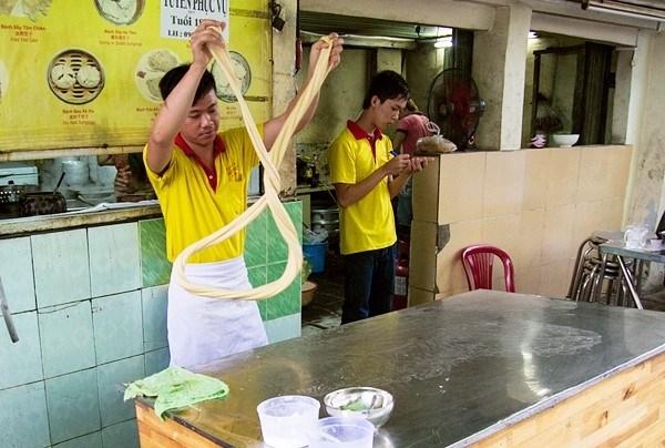 Top 11 quán người Hoa hút khách nhất Sài Thành