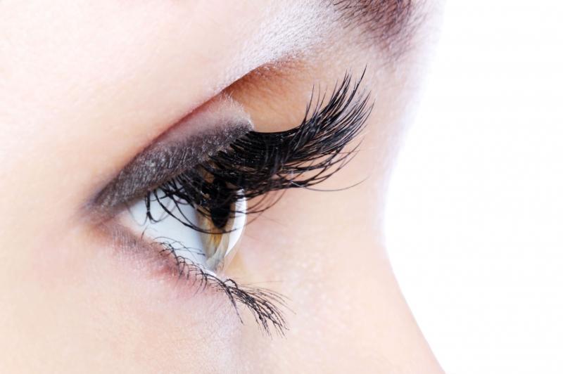 Bạn không nên để mắt hoạt động quá nhiều
