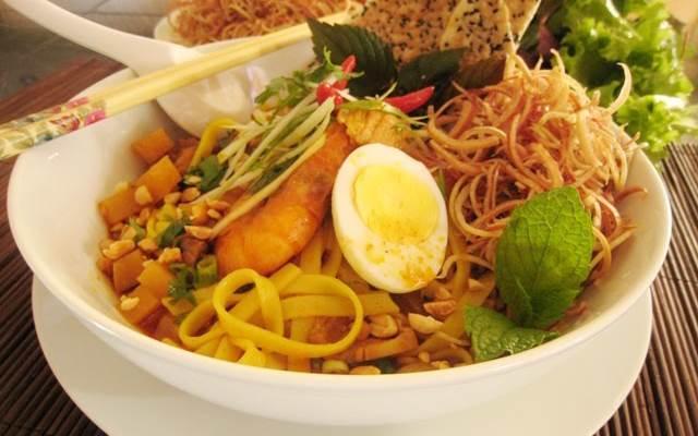 Du lịch Đà Nẵng không thể bỏ qua món mì Quảng ngon nổi tiếng này