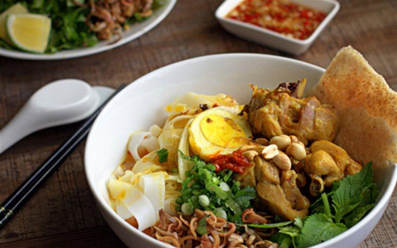 Noodles & Bun Bo Hue - Dao Duy Tu