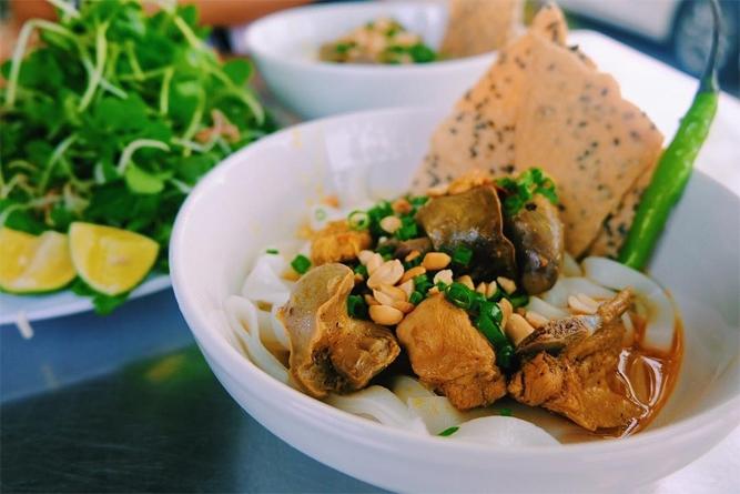 Mỳ Quảng Sâm