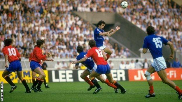 Michel Platini là cầu thủ hào hoa trên sân cỏ