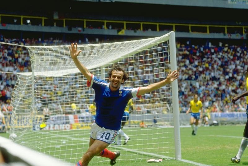 Platini ghi 9 bàn tại 1 kỳ Euro