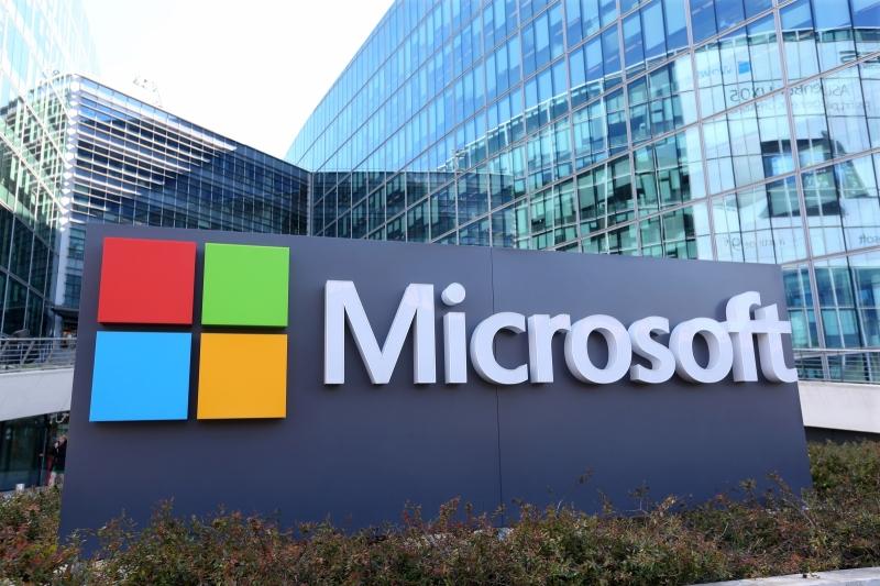 Doanh thu của Microsoft là 97,58 tỷ đô la Mỹ (2015)