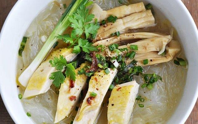 Miến gà có thể sử dụng để làm bữa ăn chính