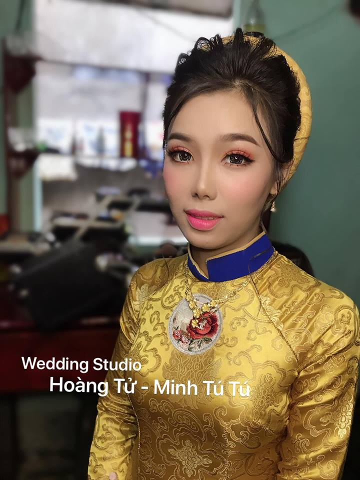 Minh Tú Tú Make Up