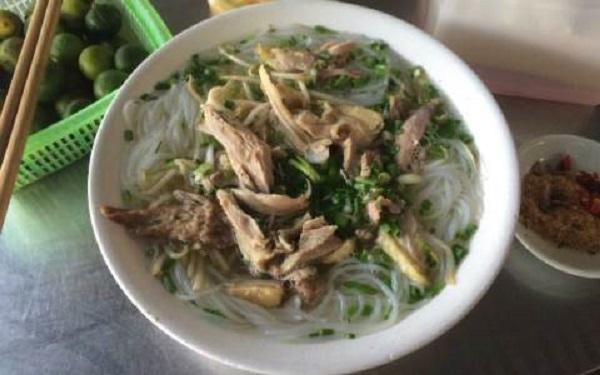 Bún gà ở quán Minh Tuấn - Ăn Đêm & Giải Khát