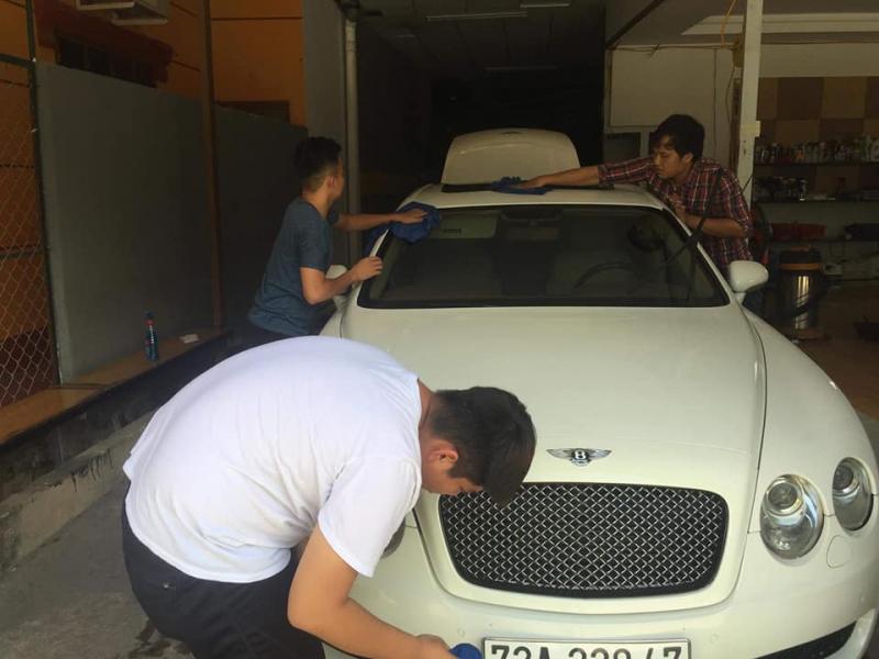 Minion Car Wash & Coffee