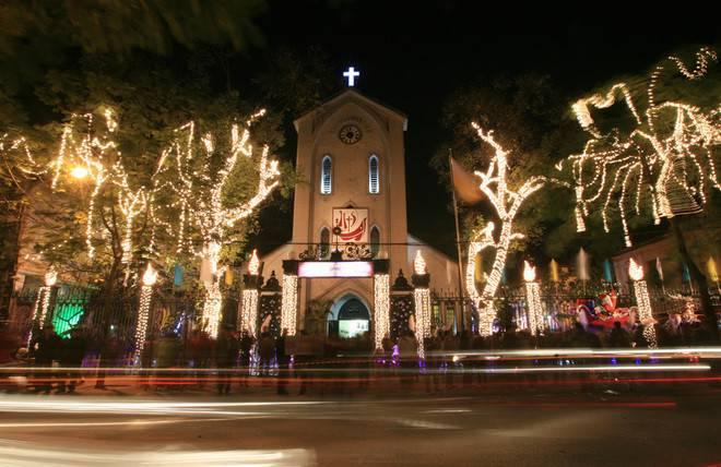 Nhà thờ Hàm Long – Phố Hàm Long, P.Phan Chu Trinh, Q.Hoàn Kiếm