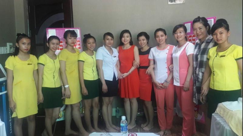 Một số nhân viên của Miss care