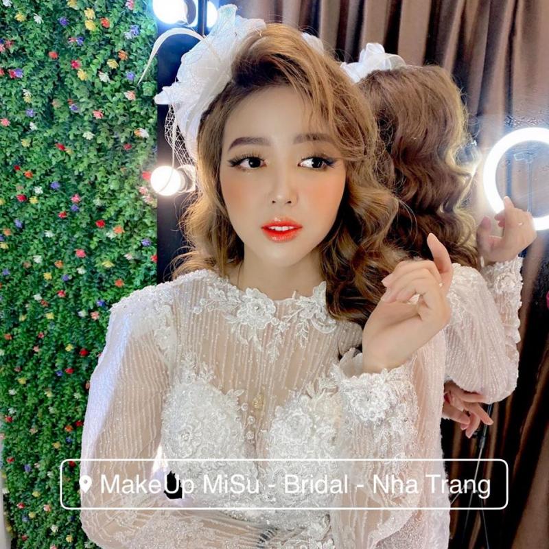 Misu Yo Makeup