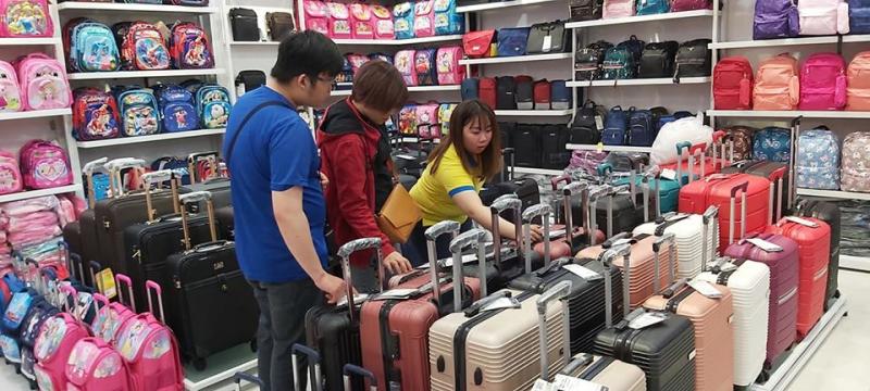 vali nhựa của miti thường xuyên được khách hàng chú ý
