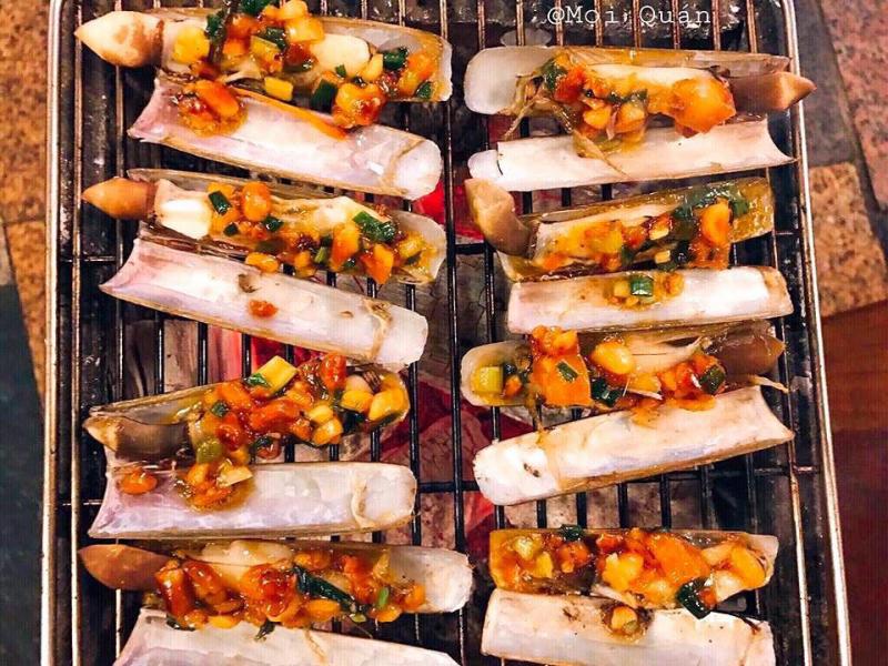 Mọi - BBQ & Street Food