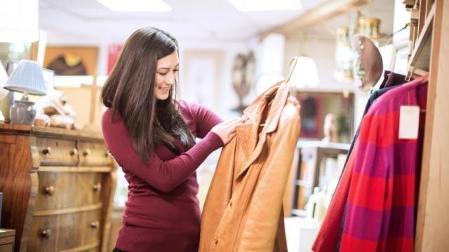 Có những món đồ bạn có thể cân nhắc để mua lại hàng đã qua sử dụng mà vẫn rất tốt để tiết kiệm được kha khá tiền.
