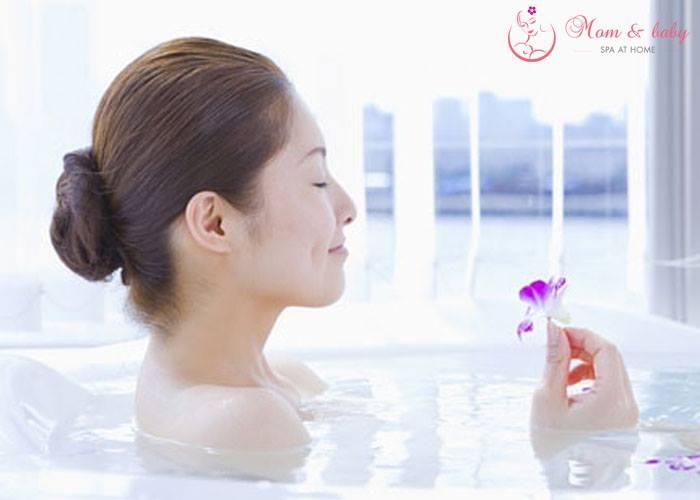 Ủ dưỡng toàn thân, lấy lại vẻ đẹp cho phụ nữ mới sinh