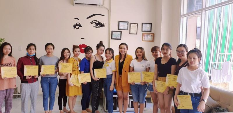 Mon Beauty Academy